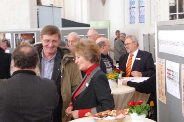 Besuch der BfL bei der Ehrenamtsmesse 2012 in der St. Petri Kirche mit Astrid Stadthaus-Panissié