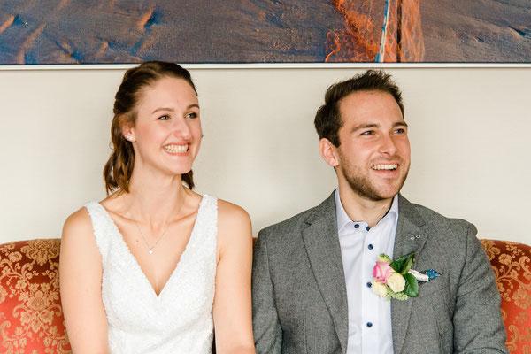 Brautpaar im Standesamt von Westerland / Sylt