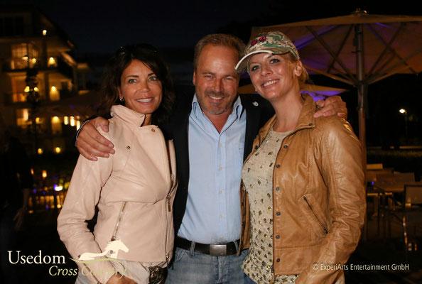 Gerit Kling, Till  Demtroeder und Schauspielerin Eva Habermann  Foto: ©Experiarts Entertainment