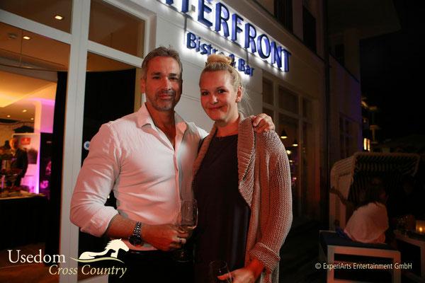 Schauspieler Manou Loubowski ( ZDF Küstenwache ) und Ehefrau Foto: ©Experiarts Entertainment