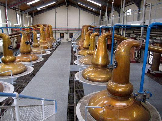 kupferne Destillierapparate