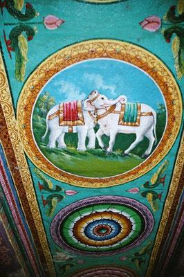 Elefant oder Kuh? Deckengemälde im Meenakshi-Tempel in Madurai