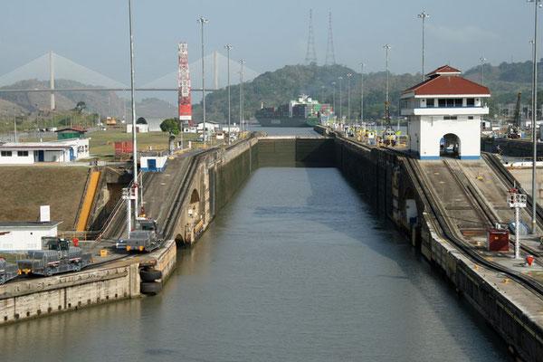 Panamakanal: eine der drei Schleusenanlagen