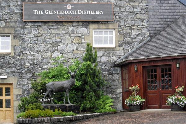 Glenfiddich = schottisch-gälisch für Hirschtal