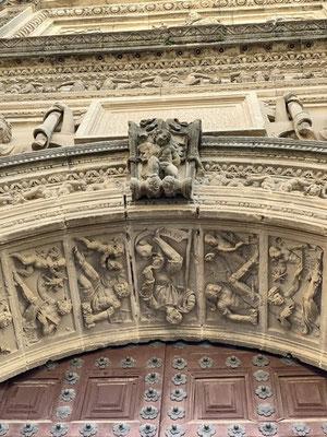 Úbeda: Detail an der Capilla de Salvador; eine ungewöhnliche Darstellung der Planeten