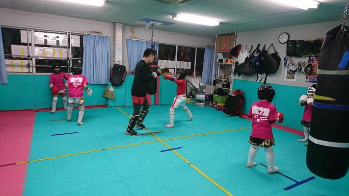 キックボクシング グローブ空手 teamYAMATO