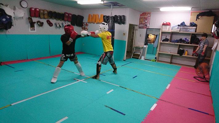 キックボクシングteamYAMATO大和高田本部一般部。