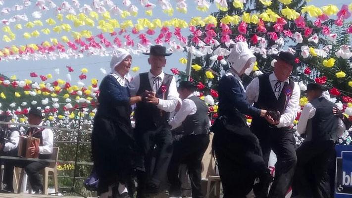danse occitane à la félibrée