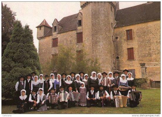 Les pastoureaux Sarladais groupe folklorique en Dordogne de 1976 à 2001 musique et danse folklorique traditionnelle du périgord noir