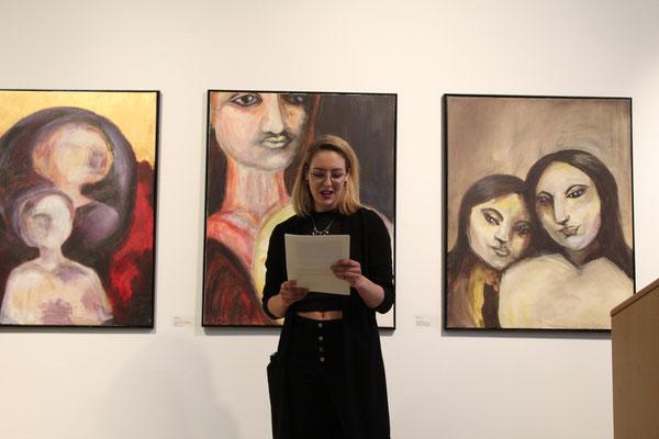 Francesca Herr, Autorin