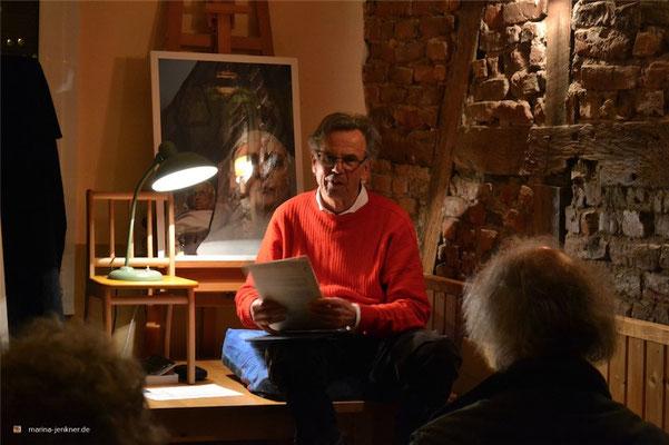 """Lesung zur Anthologie """"Paternoster - Vom Auf und Ab des Lebens"""" am 28. Januar 2016 mit Autor Michael Zeller. (Foto: Kulturort """"Die arme Poetin"""")"""