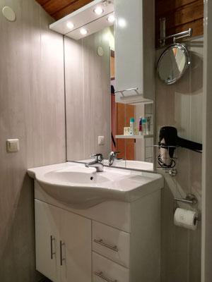 Unser frisch renoviertes Badezimmer