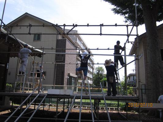 夏祭り舞台作り