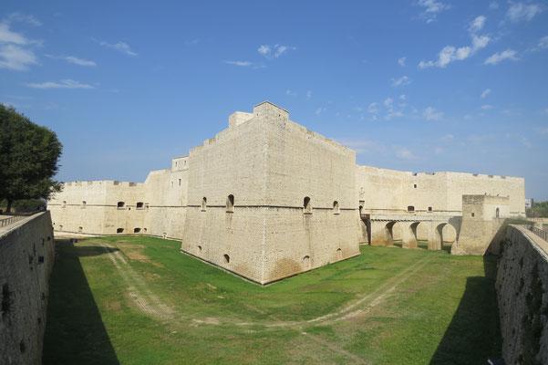 Замок Барлетта