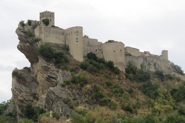 Замок Роккаскаленья