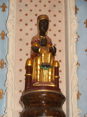 La Vierge Noire à Halles-sous-les-Côtes fait chaque année, l'objet d'un pèlerinage