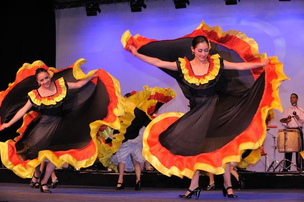 Le festival de folklore du monde entier à Carignan