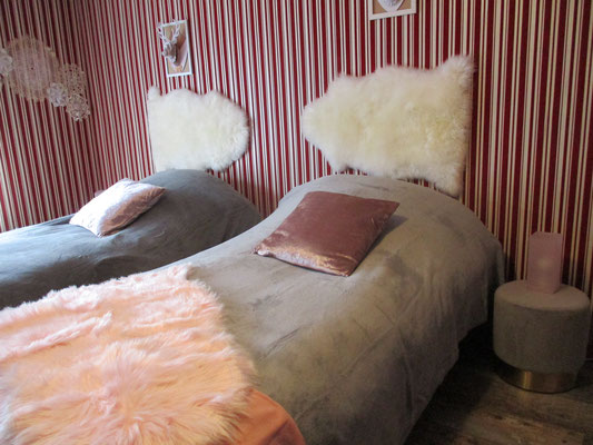 2 petits lits douillets