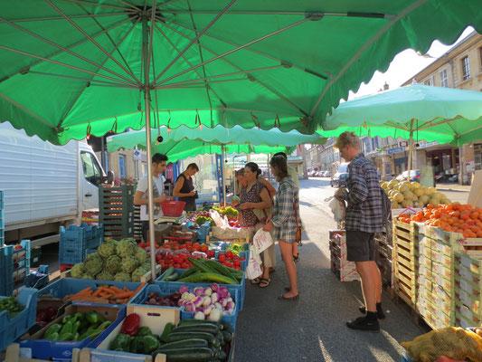 Des odeurs, des senteurs et de la bonne humeur sur les marchés