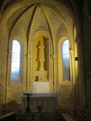L'intérieur de l'église est très sobre