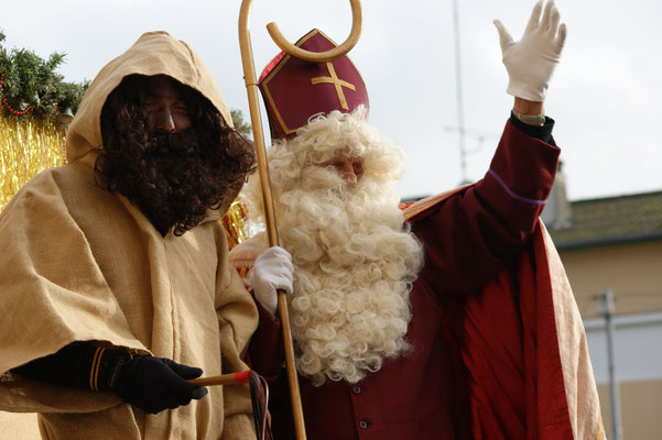 Saint Nicolas est toujours accompagné de son acolyte, le père Fouettard
