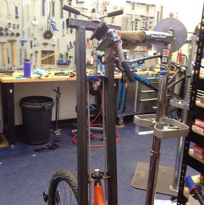 Extracting a seized seatpost