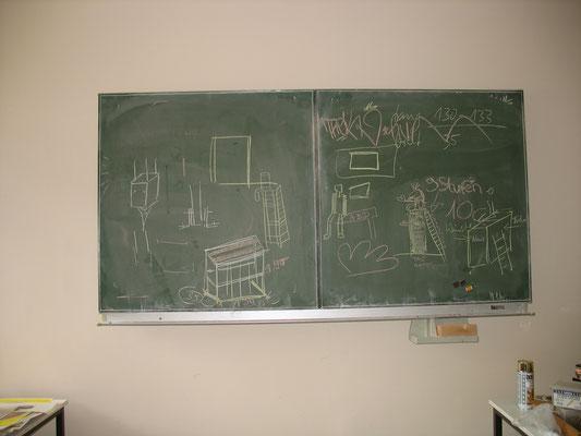 Vorbereitung einer 10. Klasse für Plastik als Gemeinschaftsarbeit, 2011