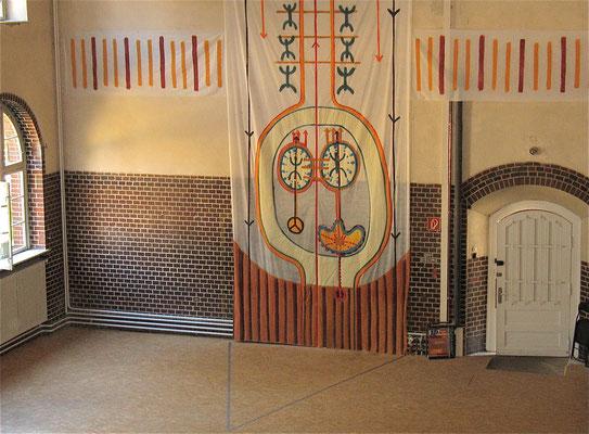 global scaling, Wissenschaft und Heilen, Wandgestaltung, 2007, Acryl auf Folie, Berlin Lichtenberg, Mittelteil 150x700cm