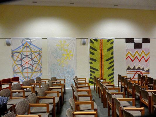 unterschiedliche FRAKTALE, 2009, Acryl auf Folie, 150x 230cm