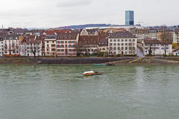Rhein mit Blick auf Kleinbasel