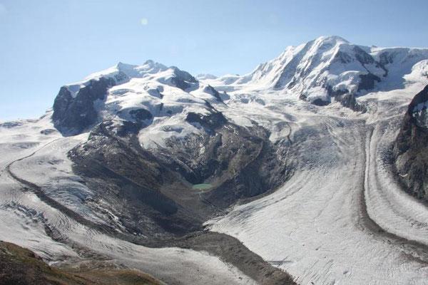 Monte Rosa mit der Dufourspitze 4634m und Liskamm 4527m