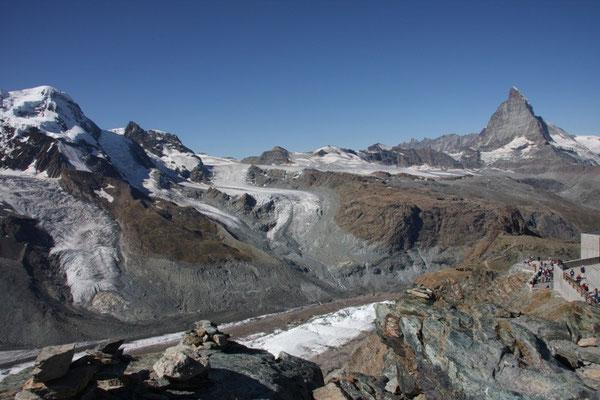 Breithorn 4164m mit Theodulgletscher und Matterhorn 4478m