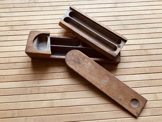 True vintage Griffelkasten aus Holz