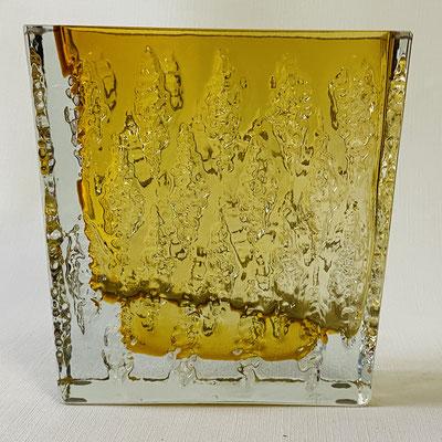Viereckige true vintage Bernsteinfarbene Kristallvase