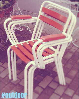 Vintage Gartenstühle aus Metall / Kunststoff aus den Siebziger Jahren