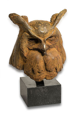 Anthon Hoornweg, Dedicated to Zoë, the beloved European Eagle Owl Bronze, unique 36 x 33 cm EUR 2,750