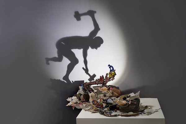 Big Bang.  Shadow sculpture.