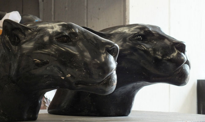 Jaguar Head, 40 cm, marble composite, EUR 3,500