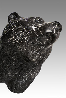 Baer Head, 40 cm, marble composite. Price on request