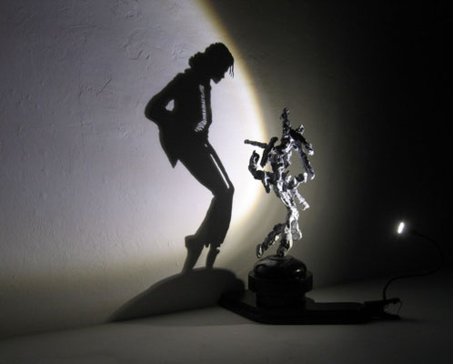 Shadow Dancing. The icon Michael Jackson. Shadow sculpture.
