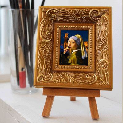 Girl with the Jenever 9x10 cm including frame