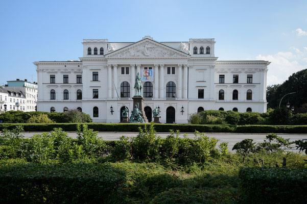 Rathaus Hamburg Altona