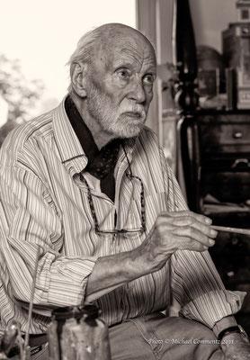 Der Maler Dieter Wien in seinem Atelier