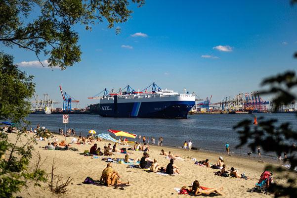 Elb-Strand vor Övelgönne Hamburg