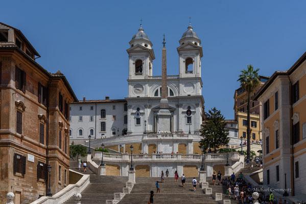 Rom, Scalinata di Trinita des Monti, Trinita del Monti