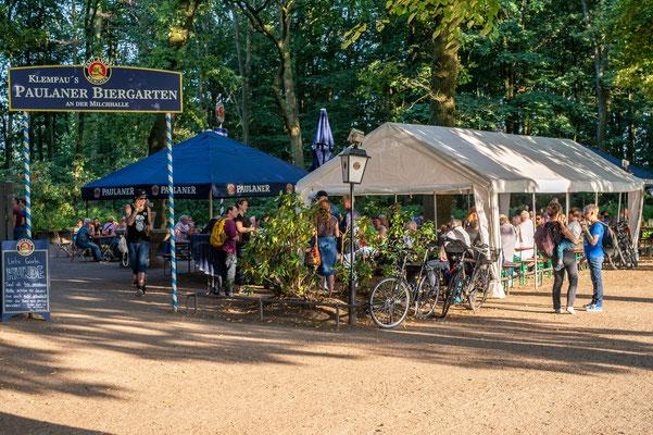 Der Biergarten im Volkspark
