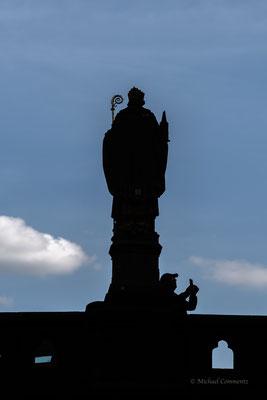 Bischof Ansgar Statue auf der Trostbrücke