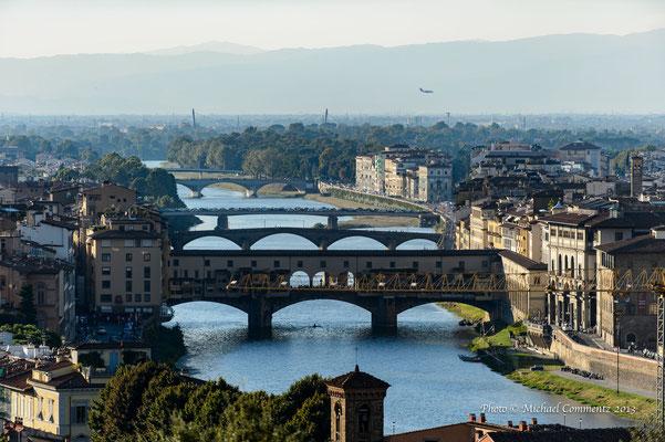 Ponte Vecchio von der Piazzale Michelangelo, Florenz