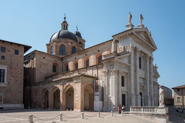 Dom von Urbino, Marken