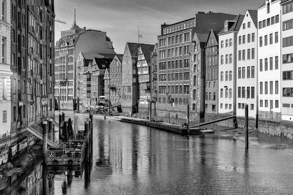 Nikolaifleet Hamburg s/w